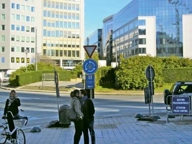 Schuman blijft autostrada, autoluw plein in prullenbak | Wetgeving - Législations | Scoop.it