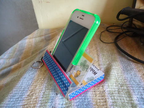 Crafty Cococute: Cell Phone Stand from Old Cassette Tape Case | Amazing DIY craft ideas | Scoop.it