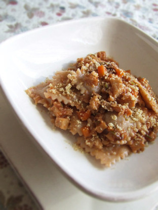 Ravioli di castagne con sugo di seitan e funghi - Stella di sale | Seitan & dintorni | Scoop.it