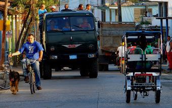 EXTERIOR NOCHE PRO: A ver Vamos. Searching for Sugar Man, de Malik Bendjelloul. | Documental LA ALQUIMIA | Scoop.it