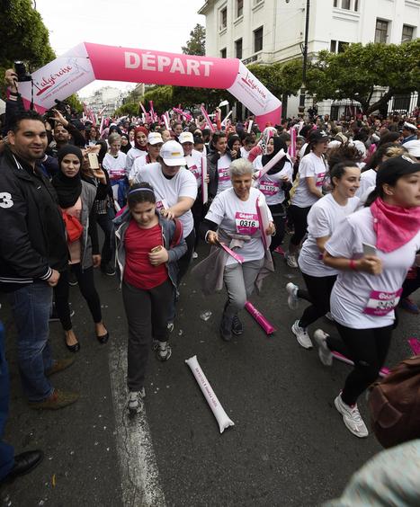 Des centaines de femmes dans les rues d'Alger pour une course inédite | A Voice of Our Own | Scoop.it