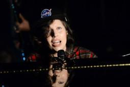 Lady Gaga, Eminem & Girls' Generation Dominate YouTube Music Awards - Fuse   Pop Culture   Scoop.it
