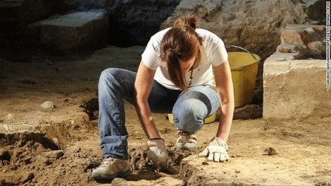 TrowelBlazers: In search of the female Indiana Jones | Heroes | Scoop.it