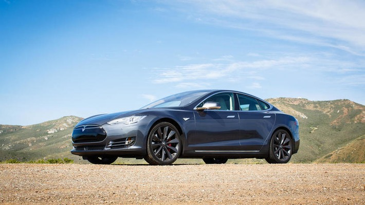 Tesla Model S P85D breaks Consumer Reports' test scale - CNET | Machinimania | Scoop.it