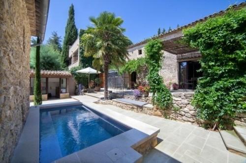 Le Mas de la Lombarde. Gite de charme Luberon – Gite et chambres d'hôtes en Haute provence