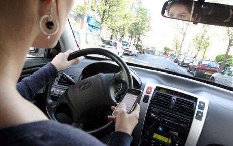 Un tiers des jeunes conducteurs écrivent des SMS au volant | Sécurité et prévention routière | Scoop.it