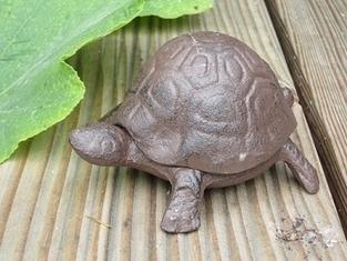 Schildkröte Schlüsselversteck, Schlüssel verstecken, Versteck mit Schildkröte, Schlüssel aufbewahren, Gusseisen, Rost | Beton gießen - die schnelle Gartendekoration | Scoop.it