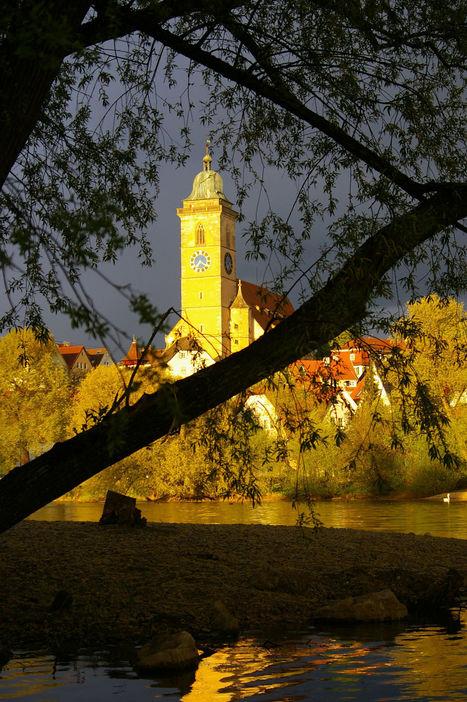 Church shines in last evening light byReto Börner | My Photo | Scoop.it