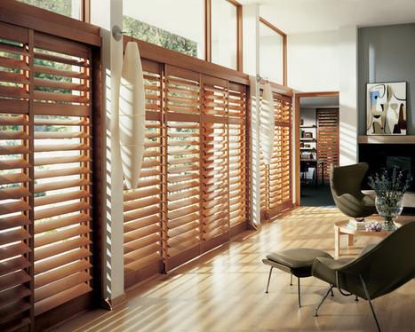 39 persiennes 39 in arkitektura xehetasunak. Black Bedroom Furniture Sets. Home Design Ideas