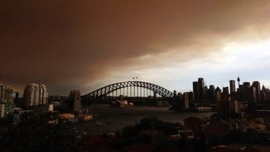 Time-lapse shows Sydney skyline engulfed by smoke - BBC News   Sydney Moving Guide   Scoop.it