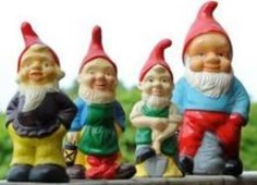 Science raises weighty question with travelling gnome | Kitsch | Scoop.it