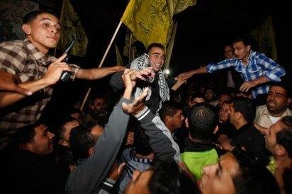 Israel Releases 26 Palestinian Prisoners   TIME.com   Relations internationales   Scoop.it