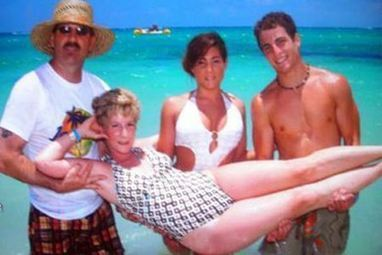 10 Worst Tourist Photos | Strange days indeed... | Scoop.it