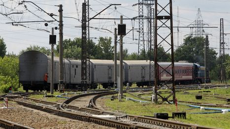 Train with bodies of victims of downed Malaysia jet arrives in Ukraine | Cultural Trendz | Scoop.it