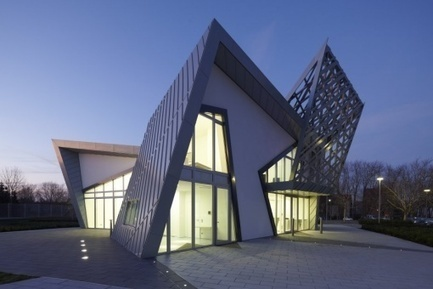 Libeskind's Villa: Sculptural Design & Prefab Construction | sustainable architecture | Scoop.it