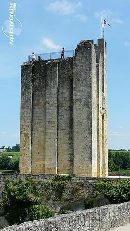 Oenotourisme à Saint-Emilion en automne | Partance - Tourisme | Tourisme Sud-Ouest | Aquitaine OnLine | BIENVENUE EN AQUITAINE | Scoop.it