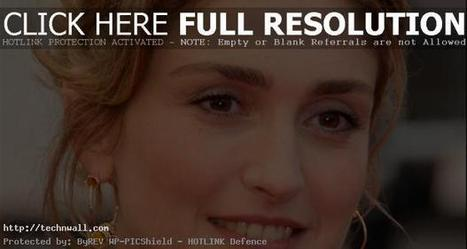 Julie Gayet will take the voice of first ladyTech & Wall | Tech & Wall | latest celebrity news | Scoop.it