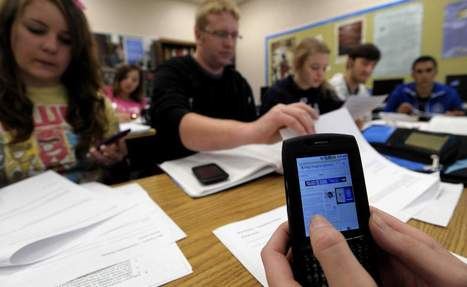 Schools | Schools learn to work with cell phones in class | The Detroit News | Personal Learning Network | Scoop.it