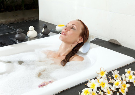 Bath Pillow: Different Types Of Bath Pillows And Their Benefits   Bath Pillows   Scoop.it