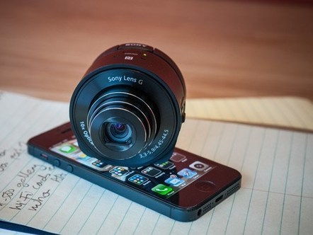 Mobile madness? Our opinion on Sony's QX clip-on cameras: Digital Photography Review | Photography Gear News | Scoop.it