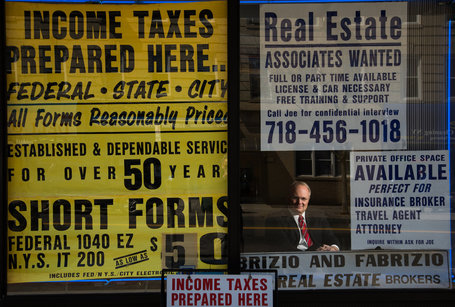 Outside Manhattan, Hybrid Real Estate Services Survive | Around Los Angeles | Scoop.it