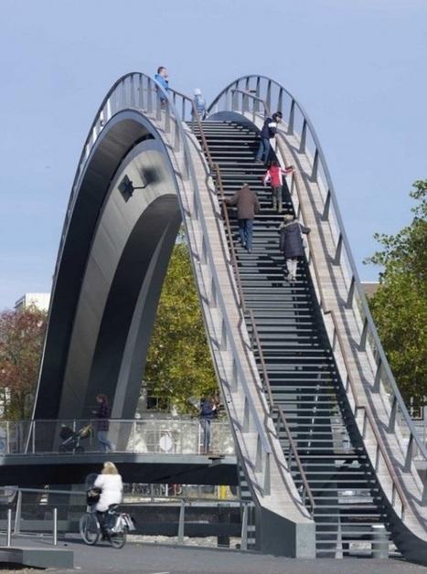 Un pont insolite culminant à 12 mètres de haut près d'Amsterdam | Architecture insolite | Scoop.it