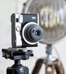 Fujifilm Instax Mini 90: foto a sviluppo istantaneo con in stile retro - Macity | Gn'T Style Pills | Scoop.it