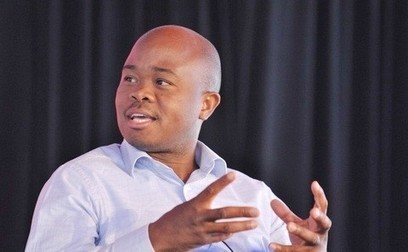 South Africa: Obama celebrates Ghanaian entrepreneur, Fred Swaniker - Myjoyonline.com | Education Development and Community Transformation | Scoop.it