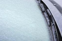 ¿Cansado de rascar el hielo de la luna del coche? Este año, un invento español nos propone una alternativa | eurotaller.com | solo moises | Scoop.it