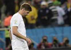 Steven Gerrard Pensiun dari Timnas Inggris   FIFA World Cup 2014 Brasil   Piala Dunia   Scoop.it