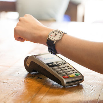 Barclaycard's newest innovation clasps mobile payments functionality onto wearables - Mobile Commerce Daily - Payments | Le paiement de demain | Scoop.it