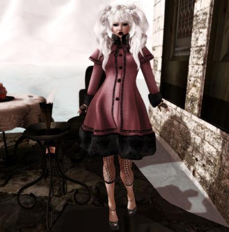 Fashion for the Dark Side: Decadent Winter Time | Fette Frauen | Scoop.it