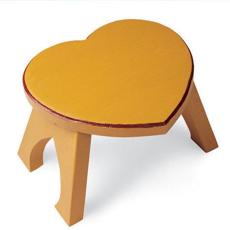 DIY Child's Footstool - DIY - MOTHER EARTH NEWS | diy | Scoop.it