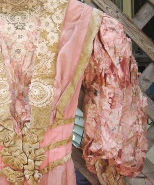 Shattered Dreams: What Makes Antique Silk SoFragile? | Lärande | Scoop.it