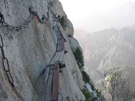 Are you afraid of heights? This Might Be The Scariest Trail In The World. | Collaboration Marketing | Scoop.it