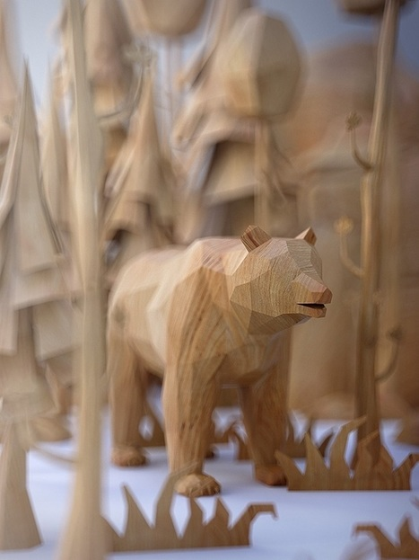 Charming Menagerie of Animals Designed as Low Poly Wood-Textured Toys | Le It e Amo ✪ | Scoop.it