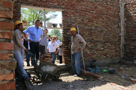 Peppo recorre obras de la construcción de la nueva sede justicialista, en Villa Ángela   Chaco   Scoop.it