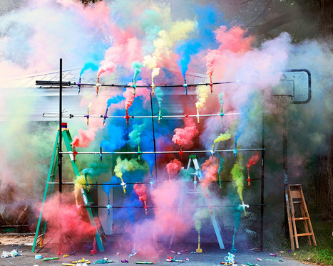 The #Art of #SmokeBombs and #Fireworks by Olaf Breuning. #bonfirenight #Nov5th | Luby Art | Scoop.it