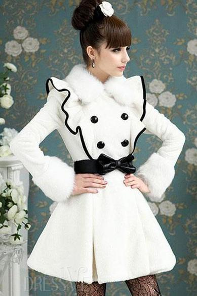 White Double-breasted Fur Collar Long Sleeve Pleated Overcoat | fashion clothes | Scoop.it