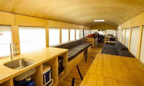 Un étudiant en architecture métamorphose un vieux bus scolaire en une confortable maison mobile   Paris-Confidential   Scoop.it