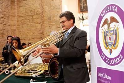 Convocatoria de dotación instrumental 2014   Regiones y territorios de Colombia   Scoop.it