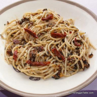 Sun-Dried Tomato Pesto | Vegetarianism | Scoop.it