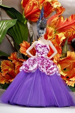 Lancement de la Fashion Week haute couture printemps-été 2011 | Vogue | Fashion | Scoop.it