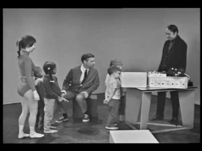 Trippy electronic music pioneer Bruce Haack on Mister Rogers (1968) - Boing Boing | music | Scoop.it