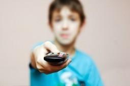 Common Sense Media: For tweens, neither phones nor Facebook trump TV | Digital divide and children | Scoop.it
