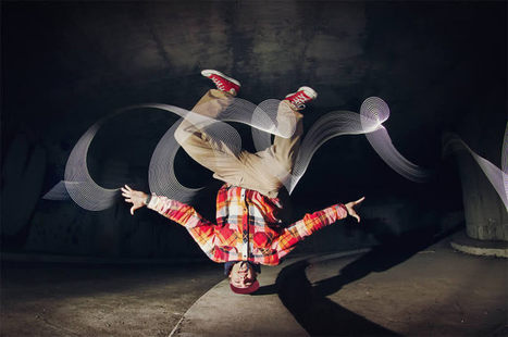 Break into the Light #art #lightpainting #light #dance #breakdancing #photography | Luby Art | Scoop.it
