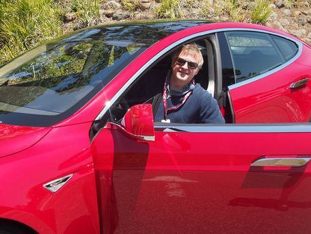 10 Thrilling Minutes in Tesla's Model S | Nerd Vittles Daily Dump | Scoop.it