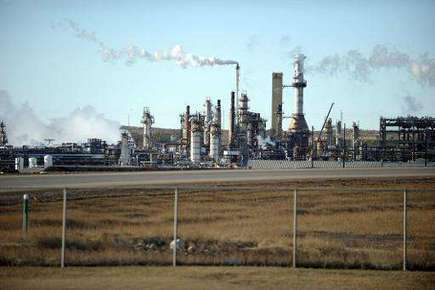 Canada can't curb oil sands emissions fast enough: document | Sustain Our Earth | Scoop.it