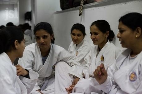 Les Charlie's Angels de Delhi, des policières pour décourager les agresseurs sexuels | A Voice of Our Own | Scoop.it
