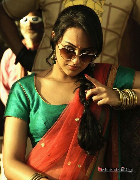 Buy women sarees online at bharatplaza. | bharatplaza fashion gallery | Scoop.it